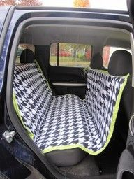 DIY car seat cover for dogs--hammock style keeps them from jumping into the front and keeps them from hurting themselves if there is a sudden stop.and keeps the hair out of the car! Would like to add a partition for car seat Craft Projects, Sewing Projects, Craft Ideas, Dog Seat Covers, Dog Cover For Car, Sewing Tutorials, Dog Bed, Just In Case, Fur Babies