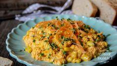 Tento salát je bohatý na zdraví prospěšné látky a navíc díky tučnému sýru a majonéze vás na dlouho zasytí. Hummus, Risotto, Low Carb, Ethnic Recipes, Fit, Shape