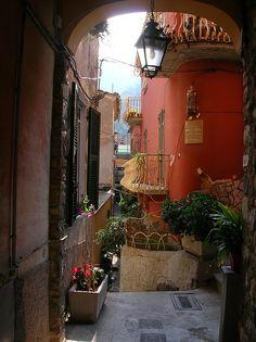 Quaint. Quiet. Lovely Vernazza. #cinqueterre #travel