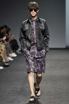J Koo Seoul Spring 2016 Fashion Show