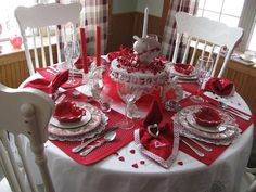 Valentine tablescaping
