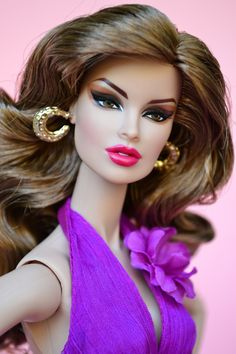 FR 'Sheer Sensuality' Vanessa beautifully repainted and styled by veritodolls