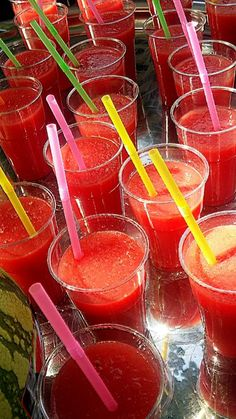 @ChantalvRiel Dag 6 #synchroonkijken Fris rood op food festival Lepeltje-Lepeltje