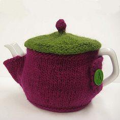 Ravelry: Lidded Tea Cozy pattern by Lisa Stockebrand