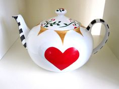 Queen of Hearts - Hand Painted Porcelain Teapot