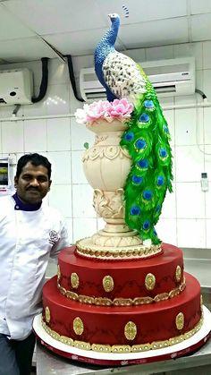 Extravagant Wedding Cakes, Amazing Wedding Cakes, Elegant Wedding Cakes, Wedding Cake Designs, Amazing Cakes, Crazy Cakes, Fancy Cakes, Cute Cakes, Peacock Cake