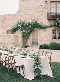 Rustic villa perfection: http://www.stylemepretty.com/2015/10/02/romantic-gold-maroon-sunstone-villa-wedding/ | Photography: Jen Huang- https://jenhuangblog.com/