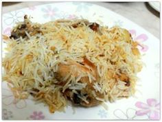 If you are a Bengali, Biryani reminds you of Arsalan, Aminia, Nizam. Try this recipe of Kolkata Style Chicken Biryani and everybody will remember you. Veggie Recipes, Seafood Recipes, Indian Food Recipes, Vegetarian Recipes, Cooking Recipes, Snacks Recipes, Rice Recipes, Stew Chicken Recipe, Chicken Recipes