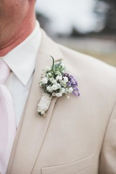 Baby's breath boutonniere.   Photography: Joanna Day Photography - www.joannadayphotography.com