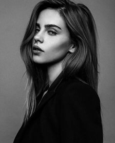 grafika model and bridget satterlee