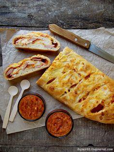 Стромболи, или пицца в рулете