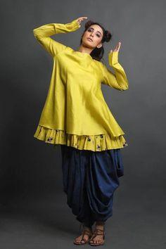 Sanchita Jhulka Lakme Fashion Week, India Fashion, Kurta Designs Women, Blouse Designs, Pakistani Outfits, Indian Outfits, Party Wear Dresses, Casual Dresses, Patiyala Dress