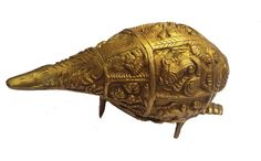 <b>Content: </b>Pure Brass Shell with Ganesh Carving<br> <b>Dimensions: </b>12.5 cm Length <b>Material: </b>Brass<br>