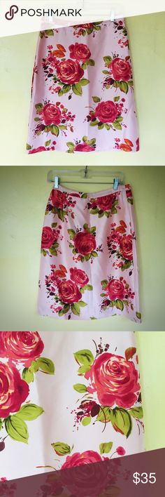 "🌹 Banana Republic Silk Rose Print A-Line Skirt This gorgeous Banana Republic Silk Rose Print A-Line Skirt features an all over rose print on a pale rose pink base. Made of 100% silk. Measures 24"" long. Brand new with tags. Size 4. Banana Republic Skirts A-Line or Full"