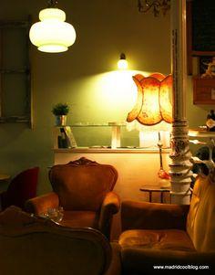 MADRID COOL BLOG la paca café bar malasaña madrid sofa coach como en casa malasaña triball