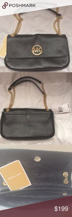 MICHAEL KORS black Fulton crossbody / shoulder bag The perfect leather bag for any occasion. Can be dressed up or down. Michael Kors Bags Shoulder Bags