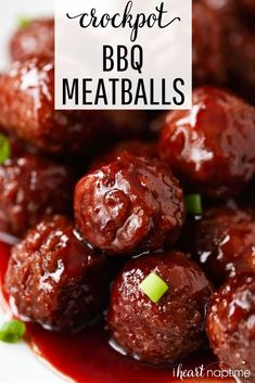Crockpot grape jelly & BBQ meatballs-only 3 ingredients! – I Heart Naptime BBQ Meatballs…easy to make in the crock pot, this recipe only takes 3 ingredients and 5 minutes to prep! Doesn't get better than that. Cream Soup Recipes, Gourmet Recipes, Appetizer Recipes, Crockpot Recipes, Cooker Recipes, Easy Recipes, Simple Appetizers, Soup Appetizers, Entree Recipes