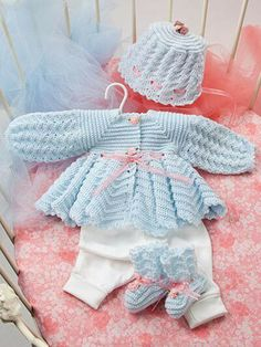 These precious heirloom-quality designs by Rebecca Leigh are made using fingering, light and sport-weight yarns and range in size from months, months and months. Projects include dresses Plus Baby Girl Crochet, Crochet Baby Clothes, Cute Crochet, Crochet For Kids, Knit Crochet, Baby Knitting Patterns, Baby Patterns, Crochet Patterns, Baby Layette