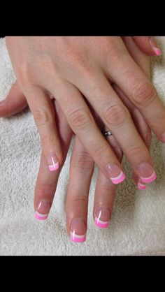 Breast cancer awareness nails design
