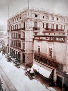 Sobre avenida Juárez, frente a la Alameda Central de la Ciudad de México, subsiste una fachada que a pesar de las vicisitudes sufridas...