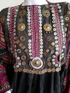 kohistani vrouw jurk