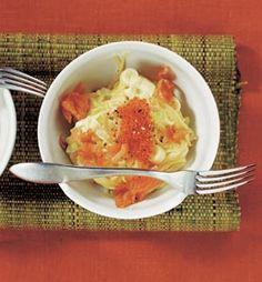Pasta med purjogrädde, rökt lax och forellrom
