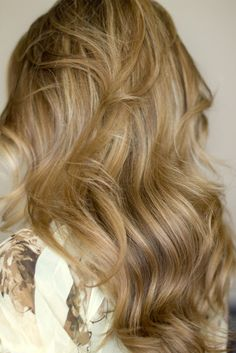 Hair and Make-up by Steph: How To: Voluminous Waves