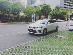 We provide free delivery anytime anywhere in Bangkok. Bangkok Thailand, Car Rental, Free Delivery, Toyota, Cars, Amazing, Instagram Posts, Autos, Automobile