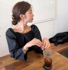 Korean Ulzzang, Ulzzang Girl, Korean Aesthetic, Ulzzang Fashion, Korea Fashion, Daily Look, Up Styles, Girl Photography, Chinese Style