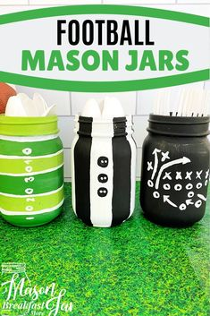 Hosting a football party? Find out how to make this cute Mason jar football centerpiece for your table (or as a gift! Football Centerpieces, Football Party Decorations, Mason Jar Centerpieces, Mason Jar Party, Mason Jar Gifts, Mason Jar Diy, Mason Jar Projects, Diy Projects, Mason Jar Breakfast
