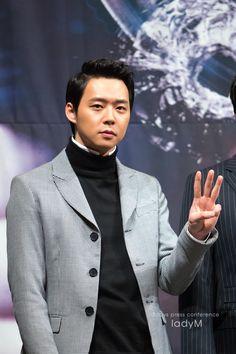 [HQ PICS] 140226 Park Yoochun at 'Three Days' Press Conference – Part 2 | JYJ3