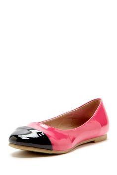 Kensie Girl Two-Tone Ballerina Flat