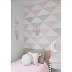 pink and grey girl's room - loving that wall! …