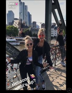 Lisa's or Lena's outfit?♥
