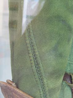 Details of Tauriel's sleeve embroidery. Movie Costumes, Cosplay Costumes, Cosplay Ideas, Awesome Costumes, Movie Props, Link Cosplay, Cosplay Diy, Hobbit Cosplay, Elven Costume