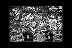 Keindahan yang ditampilkan dalam karnaval pesona parahyangan 2017 #karnavalpesonaparahyangan #karnavalkemerdekaan #pesonaparahyangan #pesonaindonesia #pesonanusantara #photography #blackandwhite #fotografer #bandungfoto #bandungphoto #bandungphotographer
