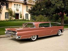1959. Gorgeous color. Land yacht before the simplification of the body style. Still a stunner.
