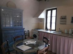 Il Borgo di Castelvecchio--one cottage's cozy kitchen. http://www.facebook.com/celebratetravelinc
