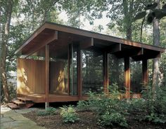 Glitz Bliss: Living Bliss: Cabin In The woods Modern Tiny House, Tiny House Design, Cabins In The Woods, House In The Woods, Glass Cabin, Contemporary Cabin, Casas Containers, Backyard Studio, Weekend House