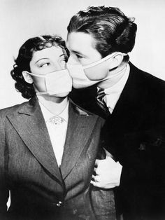 'Couple Kissing Each Other with Health Masks' Photo - | Art.com Vintage Photography, White Photography, Old Pictures, Old Photos, Flu Epidemic, Vogue Covers, Portraits, Monochrom, Historical Photos