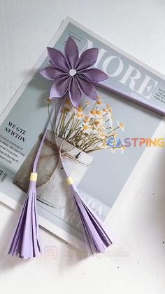 Diy Crafts For Gifts, Easy Diy Crafts, Diy Arts And Crafts, Creative Crafts, Crafts For Kids, Instruções Origami, Paper Crafts Origami, Easy Origami Flower, Paper Flowers Craft