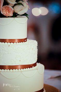 Piped floral design and single swag. A Spoon Fulla Sugar, Wedding Cakes, Cincinnati #JMMPhotography