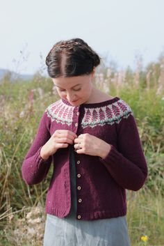 Ravelry: Foxglove pattern by Kate Davies Fair Isle Knitting Patterns, Sweater Knitting Patterns, Knit Patterns, Kate Davis, Icelandic Sweaters, Diy Kleidung, Knit In The Round, Textiles, Knitting Projects