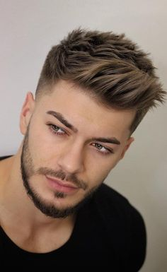 Side Brush Up and Taper Fade - Best Short Haircuts For Men: Cool Men's Short Hairstyles Cool Hairstyles For Men, Hairstyles Haircuts, Mens Hairstyles Fade, Short Hairstyles For Men, Haircuts For Curly Hair, Mens Hair Fade, Short Hair Hairstyle Men, Quiff Hair, Virtual Hairstyles