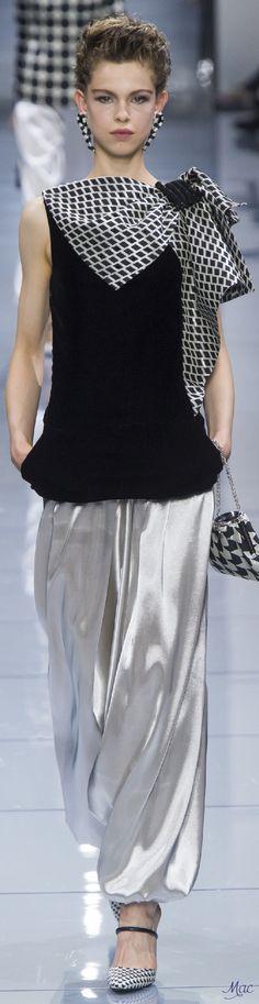 Fall 2016 Haute Couture - Giorgio Armani Privé
