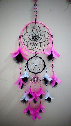 Cool Paper Crafts, Yarn Crafts, Diy And Crafts, Arts And Crafts, Dream Catcher Patterns, Dream Catcher Decor, Dreamcatcher Wallpaper, Dreamcatcher Design, Beautiful Dream Catchers