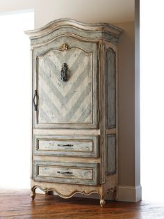 Americana Gigiu0027s Cupboard Schrank, Ideen, Diy Möbel, Klassische Möbel,  Handbemalte Möbel,