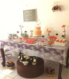 weeding decor, DIY wedding, dessert table, cake table, handmade wedding, party table, festa, mesa de doces, mesa de bolo, casamento feito a mao, doces.