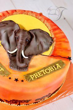 Elefant Torte Kuchen Safari aus Fondant. Afrikatorte