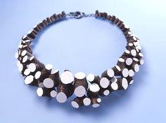 wood-necklace-ideas